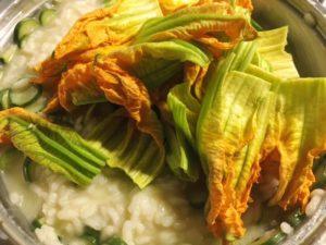 risotto ai fiori di zucchine gourmama aggiunta fiori