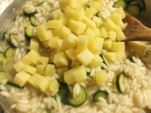 risotto ai fiori di zucchine gourmama aggiunta caciocavallo