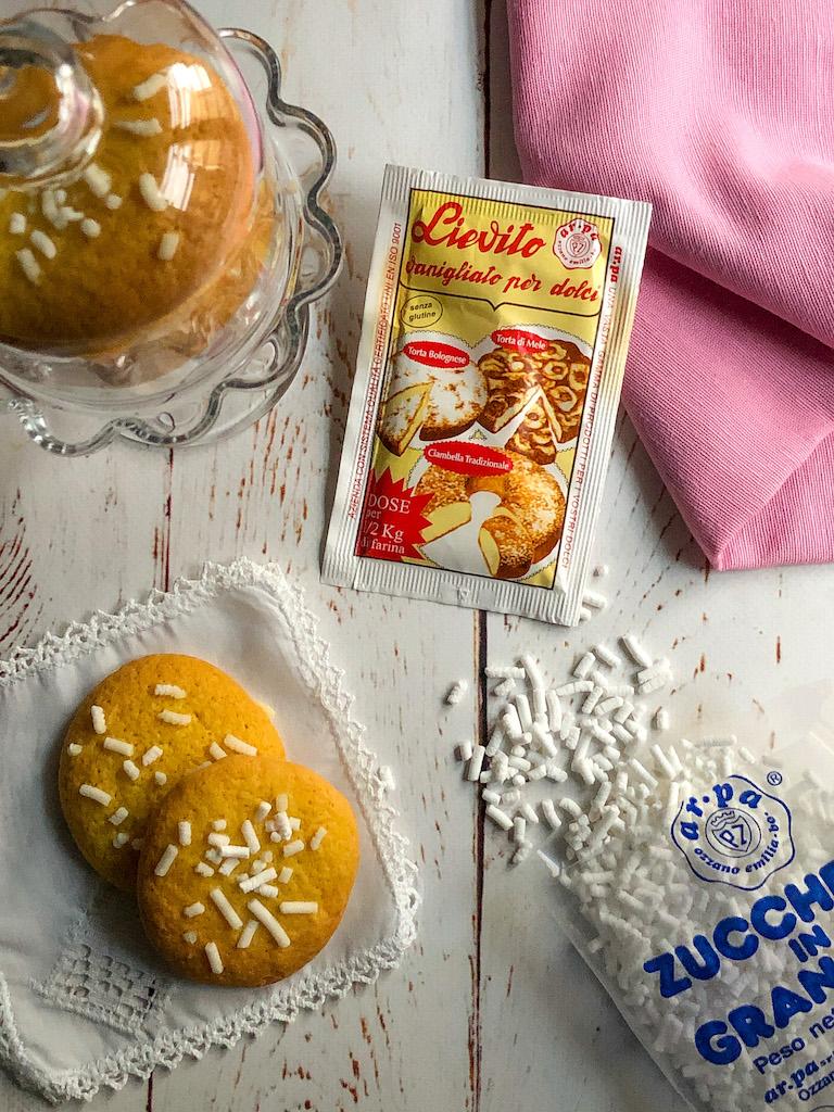 biscotti alla granella di zucchero gourmama presentazione_1