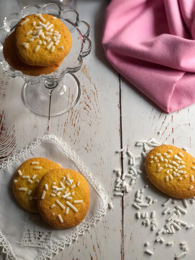 biscotti alla granella di zucchero gourmama presentazione_4