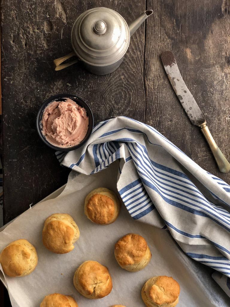 biscotti rustici al prosciutto presentazione_1
