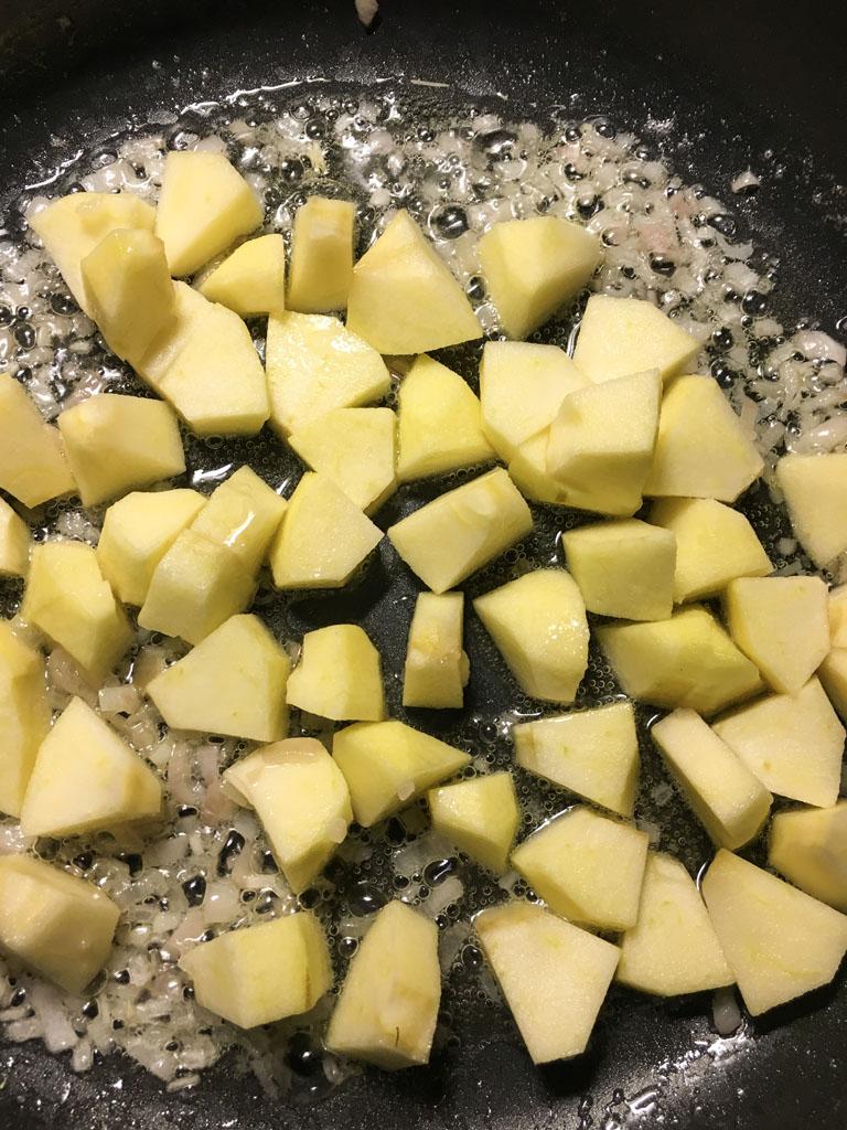 contorno di patate mele renoir e castagne cottura mele