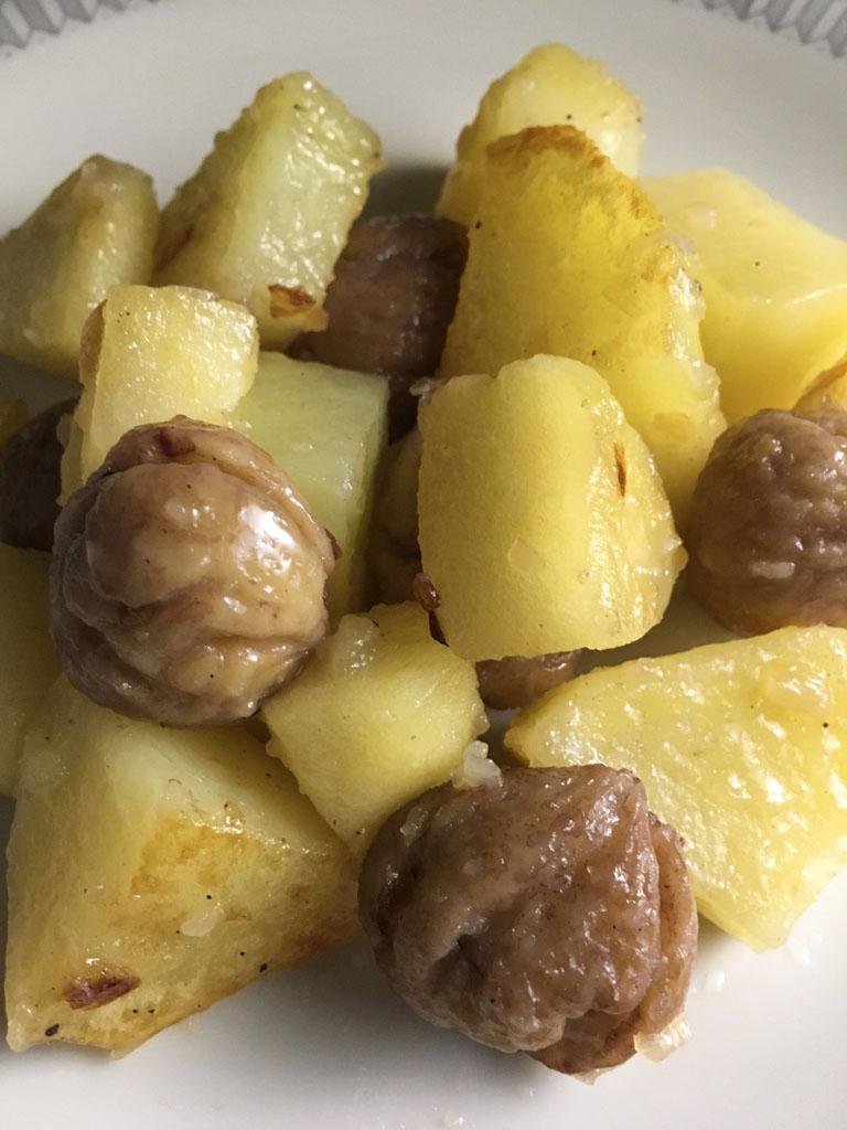 contorno di patate mele renoir e castagne dettaglio
