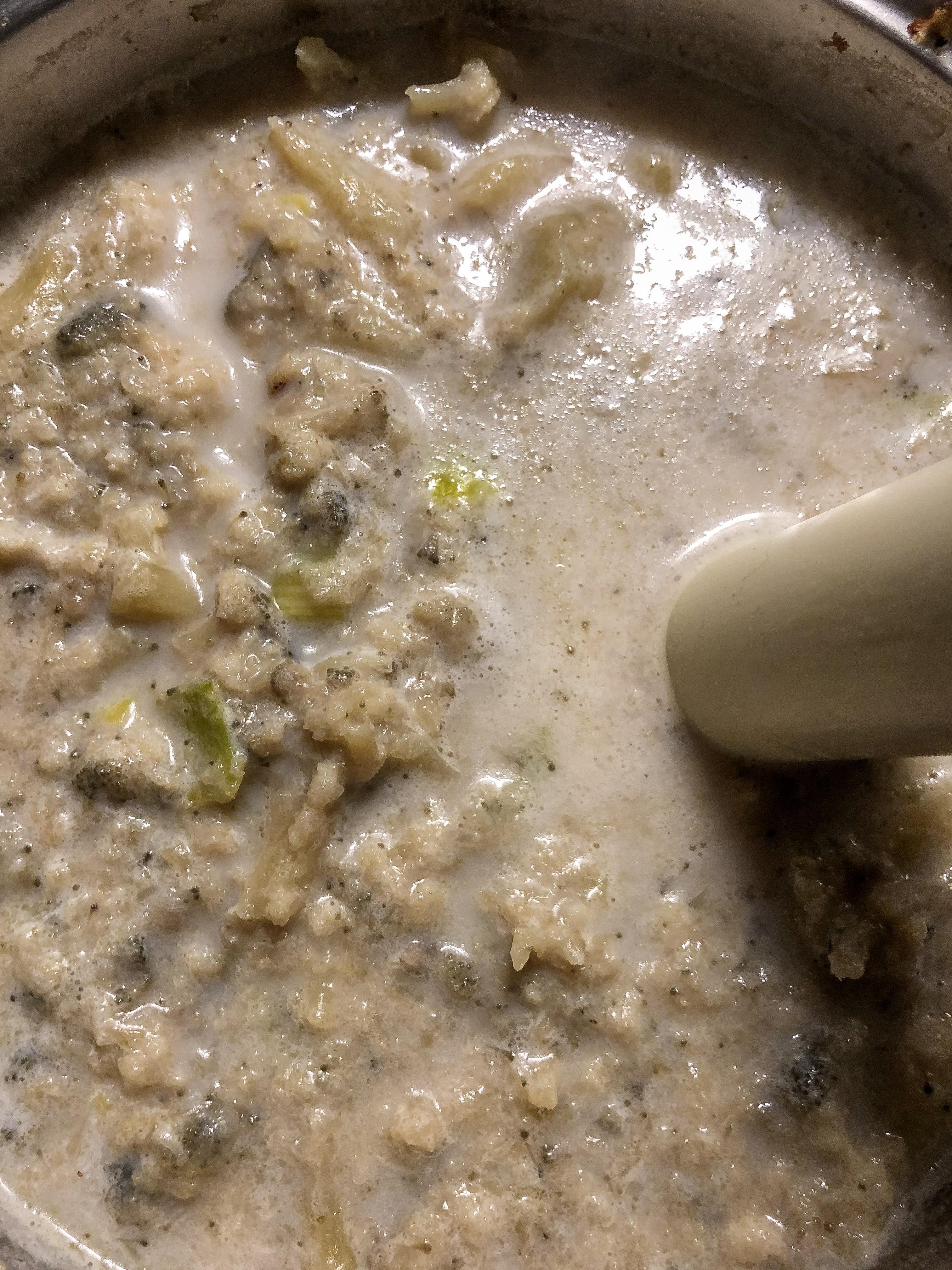crema di cavolfiore con cialda al parmigiano preparazione preparazione_2