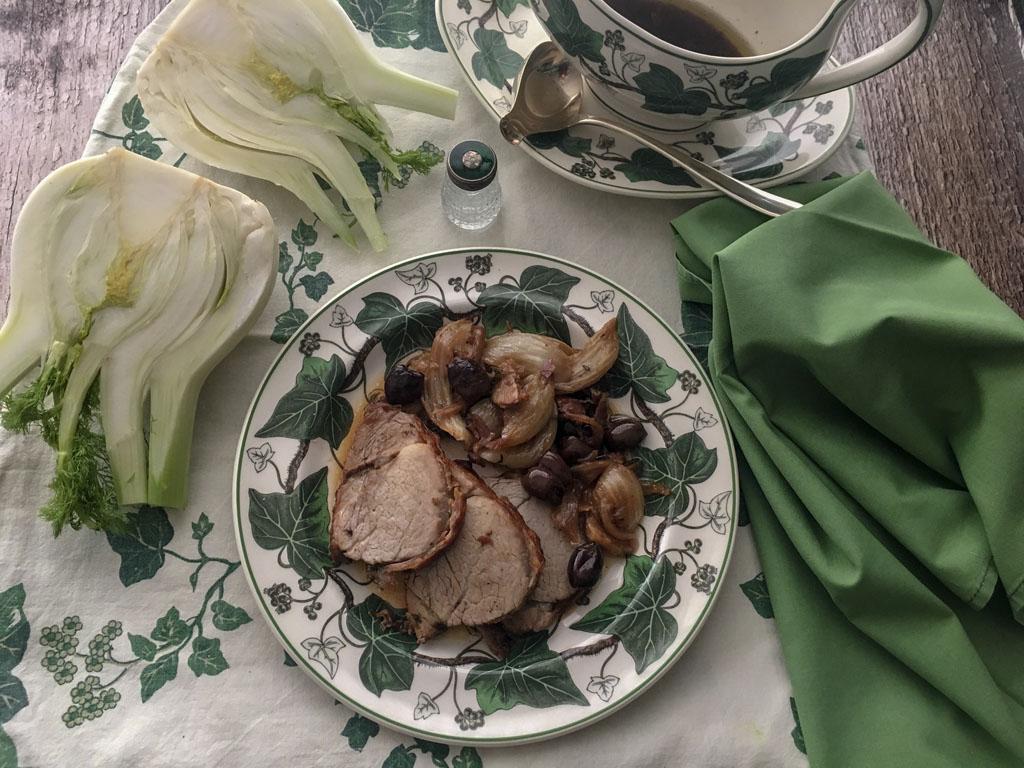 filetto di maiale con finocchi al timo e olive taggiasche presentazione_2