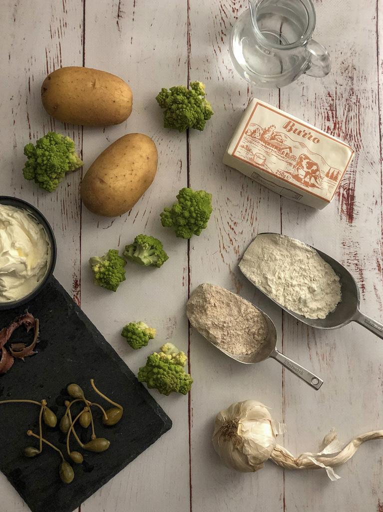 galette con broccolo romanesco e patate ingredienti