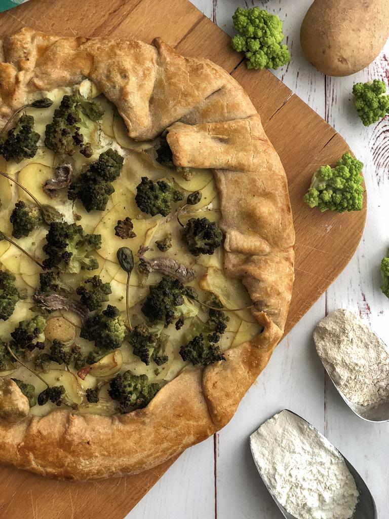 galette con broccolo romanesco e patate presentazione_2