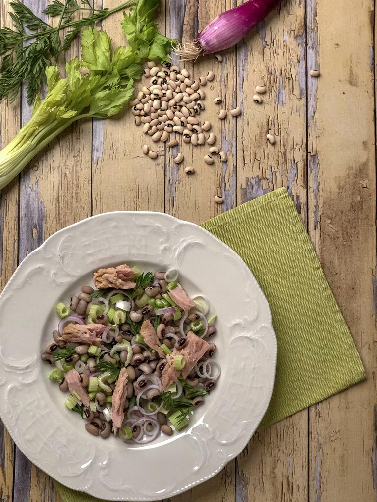insalata con fagioli dellocchio gourmama presentazione