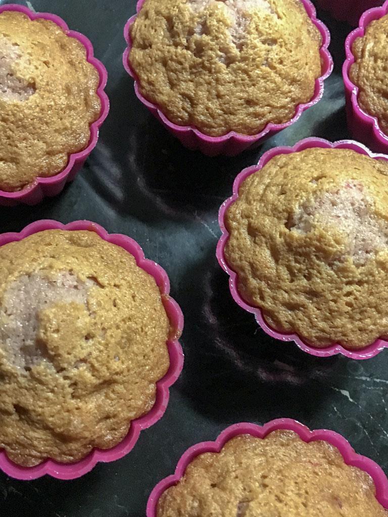 mini cupcakes alla rosa di urvashi roe cottura dettaglio_1