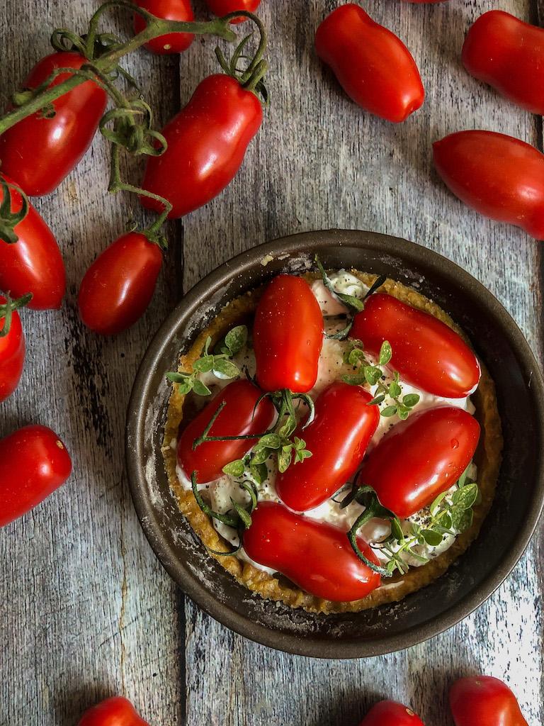 mini quiche ai pomodori datterini stracciatella maggiorana preparazion_1