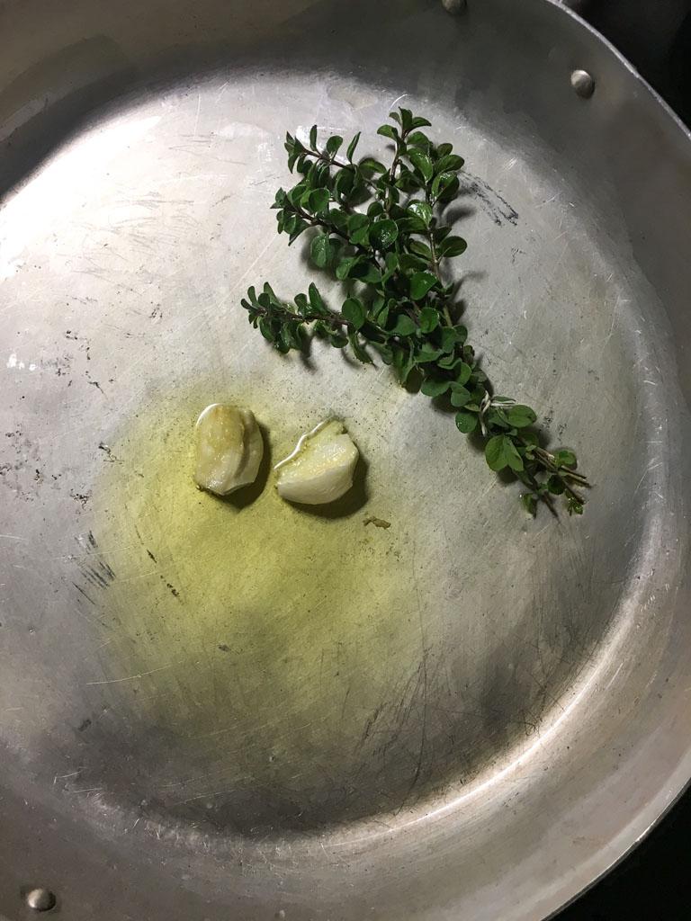 moscardini in umido in scrigni di polenta soffritto