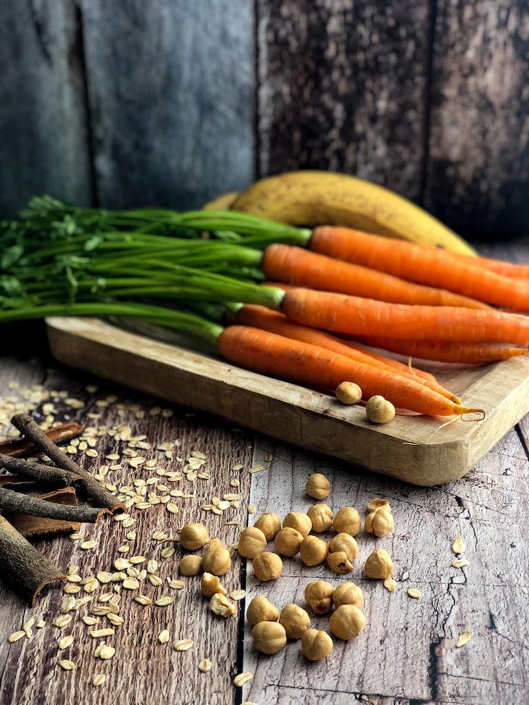 muffins con carote e banana ingredienti