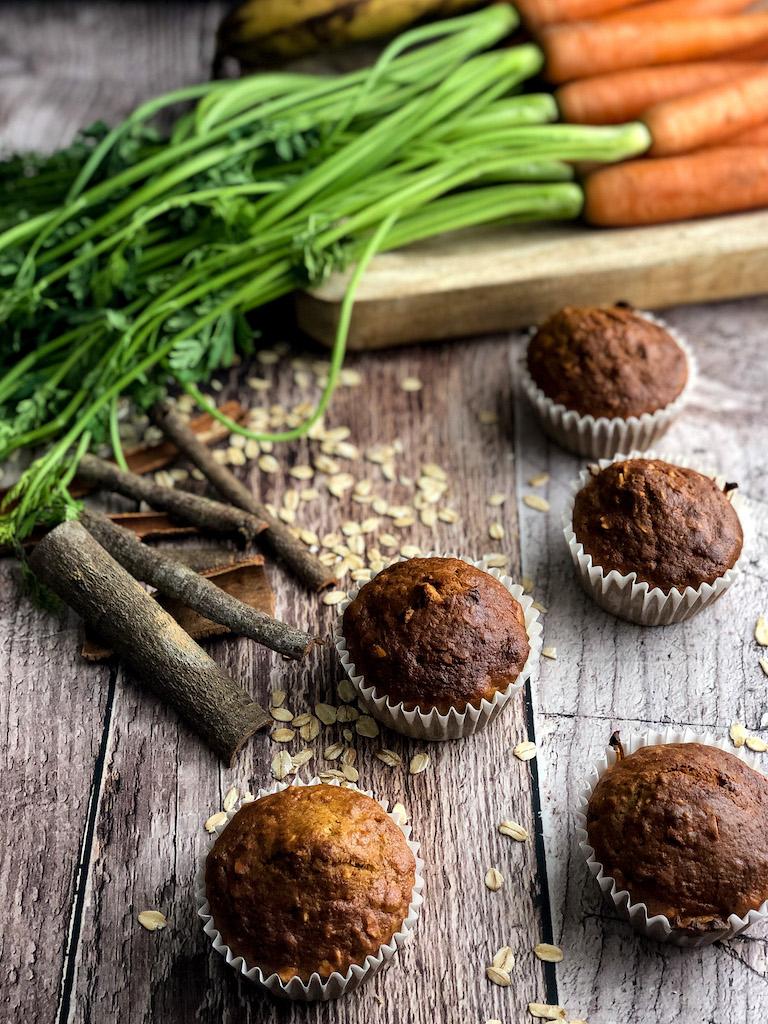 muffins con carote e banana presentazione