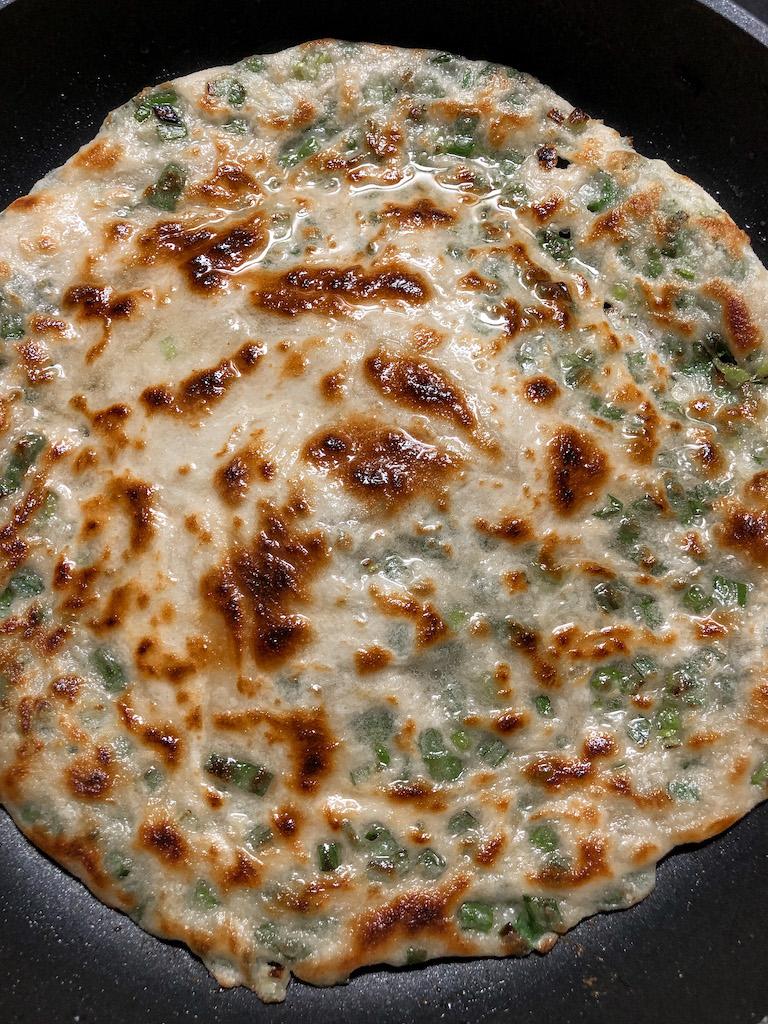 pancakes cinesi al cipollotto rosso preparazione_11