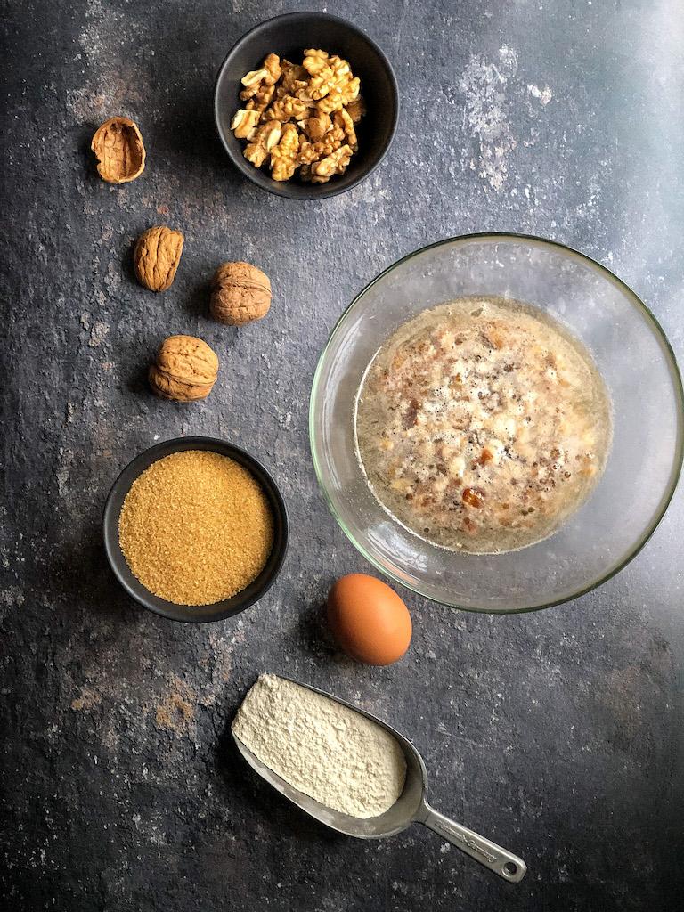 pane con noci e datteri ingredienti