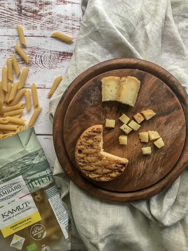 penne di grano khorasan kamut con verdure e fatulì formaggio_1 gourmama