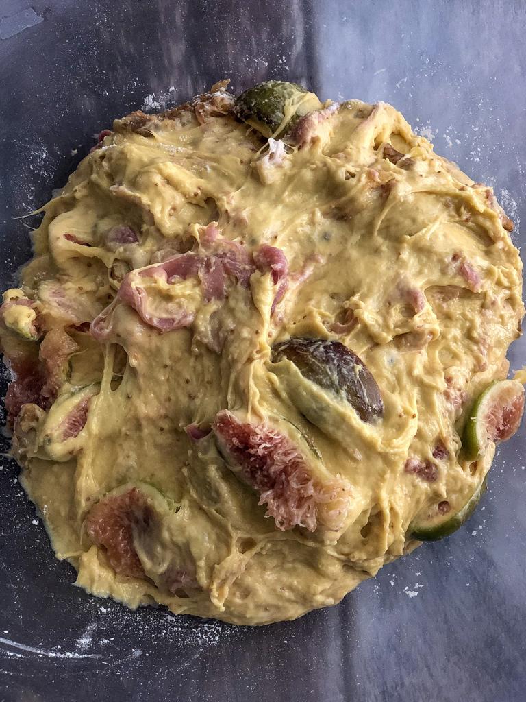 plumcake dolce salato al prosciutto crudo noci e fichi gourmama preparazione_3