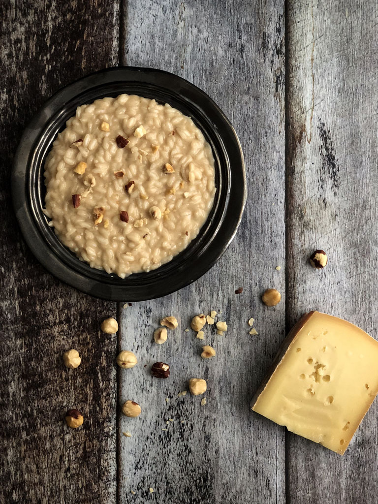 risotto alla crema di nocciole e fontina gourmama presentazione