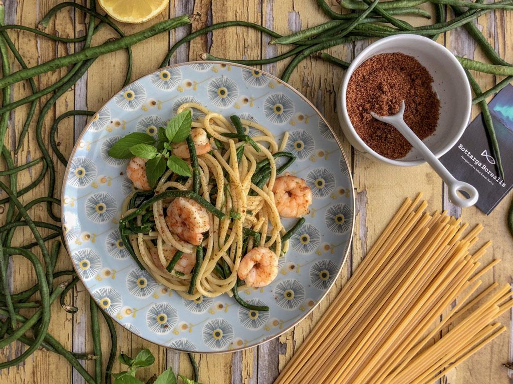 spaghetti alla Bottarga Borealis con gamberi e fagiolini serpenti presentazione_2