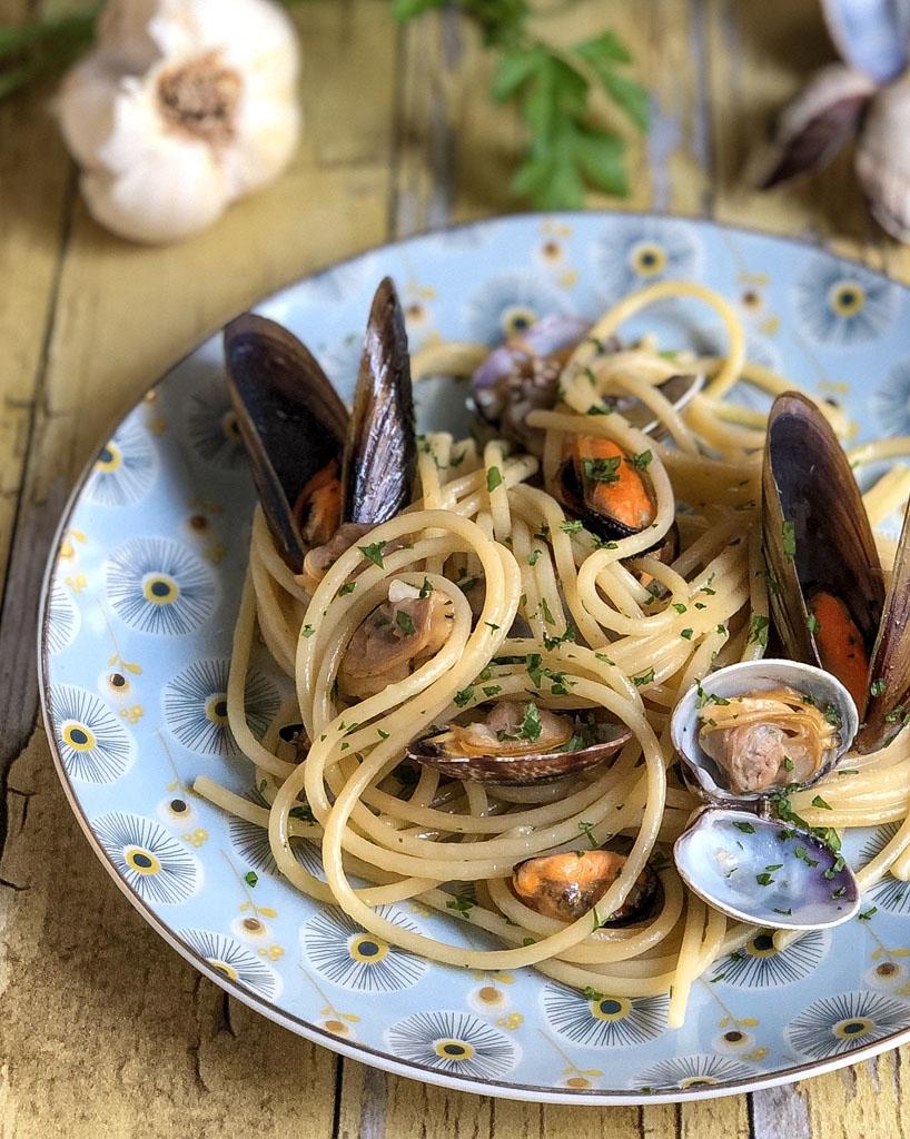 spaghetti alle cozze e vongole presentazione _1