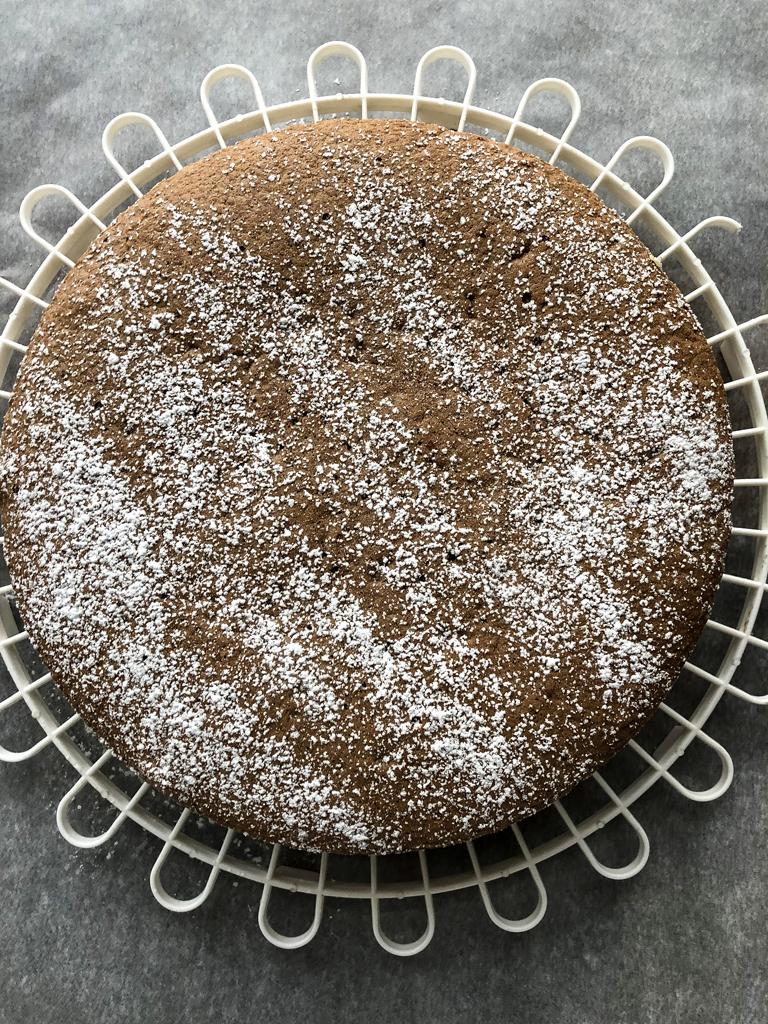 torta al cioccolato bianco e rosa preparazione impasto_7