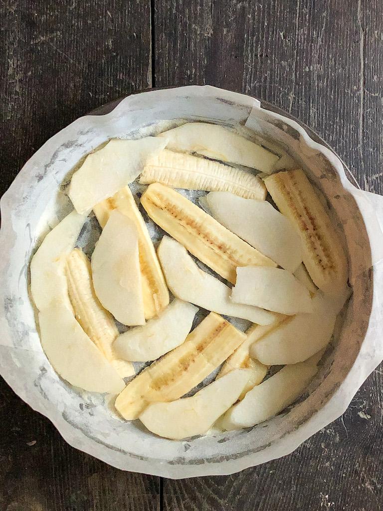 torta rovesciata alle banane e pere preparazione_2