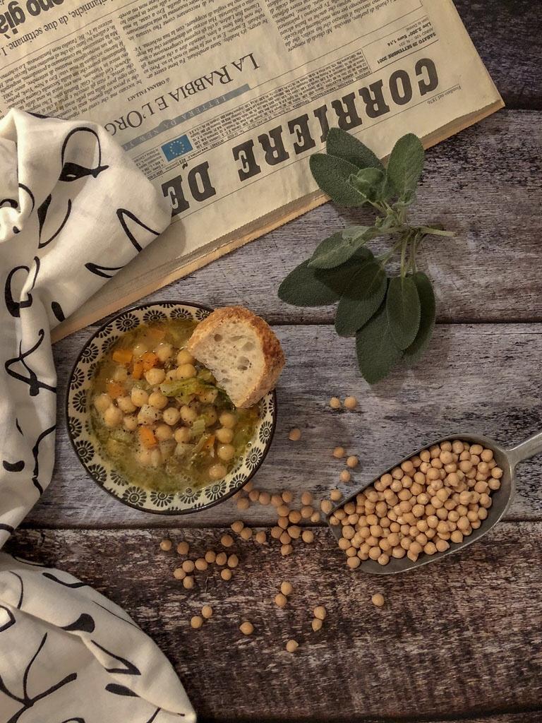zuppa di ceci con verdurine presentazione_2