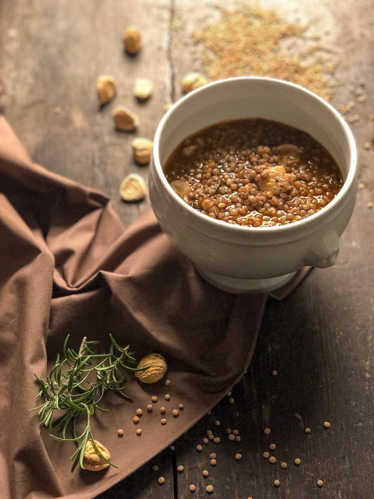 zuppa di lenticchie e castagne ingredienti presentazione_3
